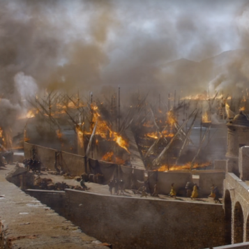 0wFElR6oSVGkPyiLcn7k_Meereen is burning