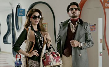 suit-suit-song-hindi-medium-irrfan-khan-saba-qamar-0001