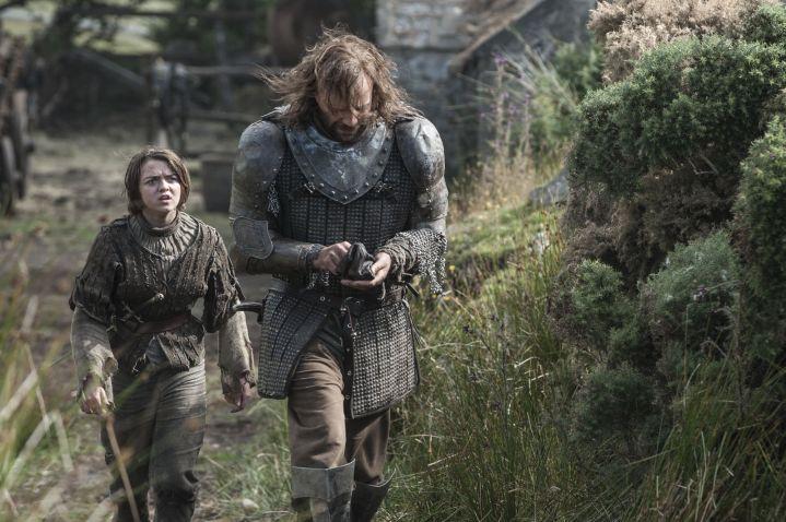 Maisie-Williams-as-Arya-Stark-Rory-McCann-as-Sandor-The-Hound-Clegane_photo-Helen-Sloan_HBO-